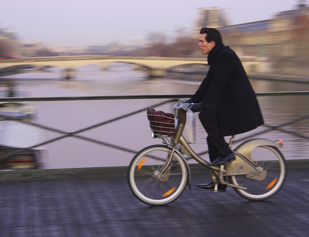 Should urban bike-sharing systems be financially self ...